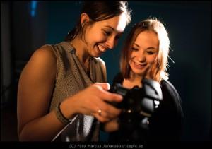 Fotograf Sandra med modell Johanna