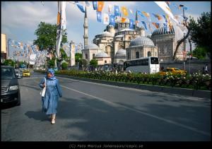6884-Bla-kvinna-moske